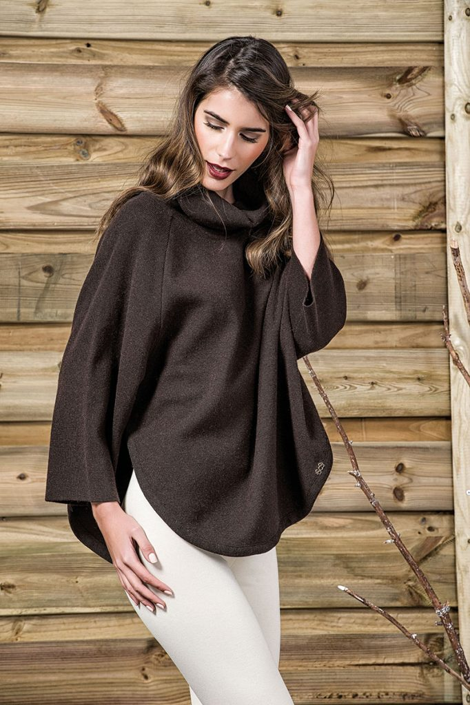 fall/winter-2016/2017-poncho8-scusi